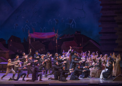 Lyric Theatre's 2016 production of FIDDLER ON THE ROOF